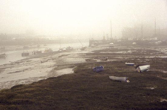 Adur, Mist