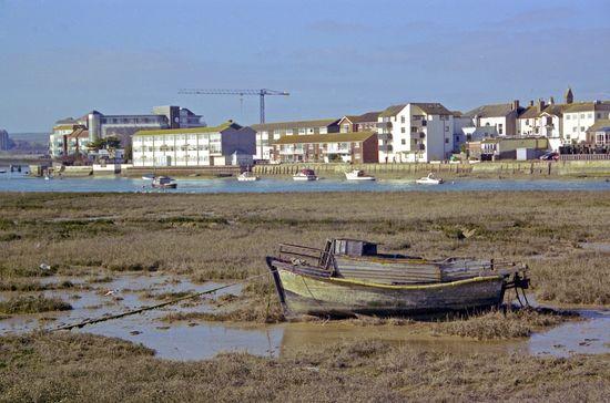 Adurboat
