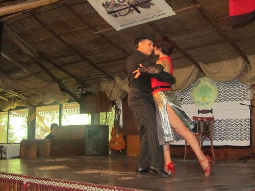 Tango Estancia