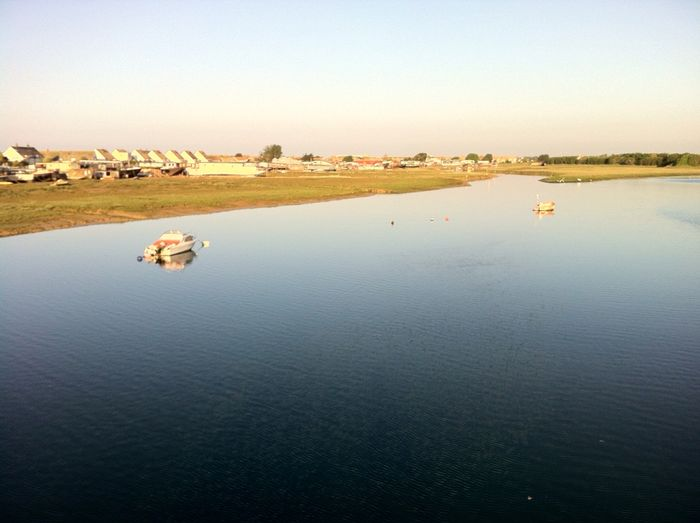 Adur stillness